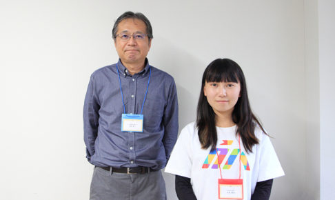 写真:内田恵一さん(左)と司会の矢吹さん