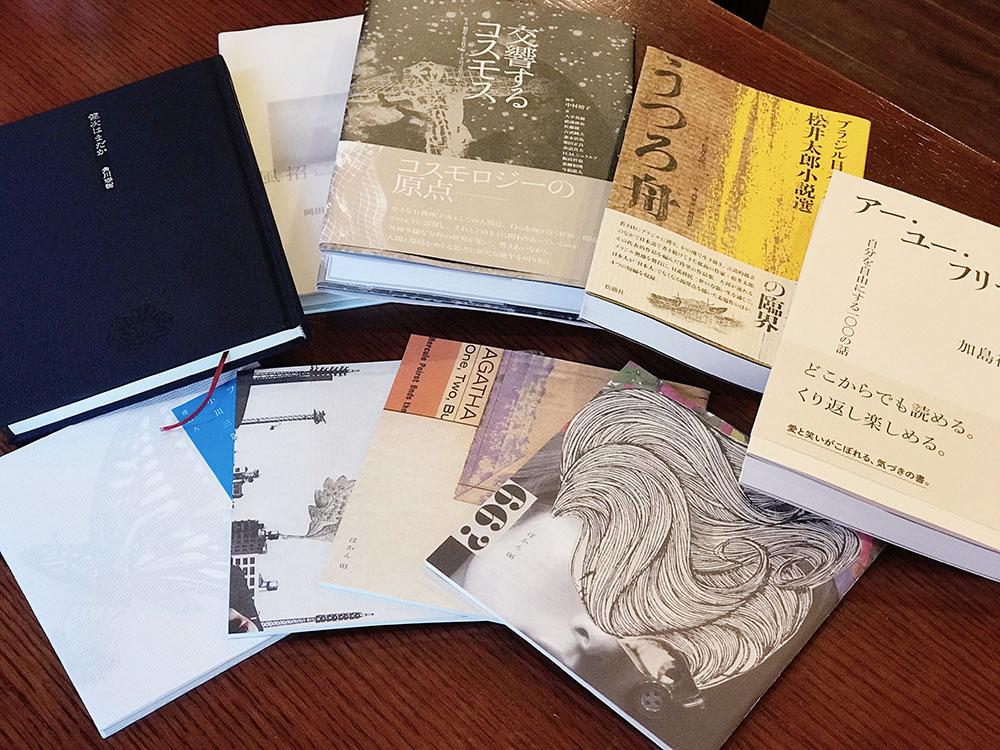 写真:西田さんの作品の数々